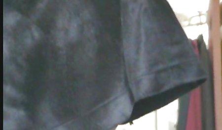 குறும்பு alisha அனுபவித்து காட்டி அவரது மார்பகங்கள் முதிர்ந்த நிர்வாணமாக