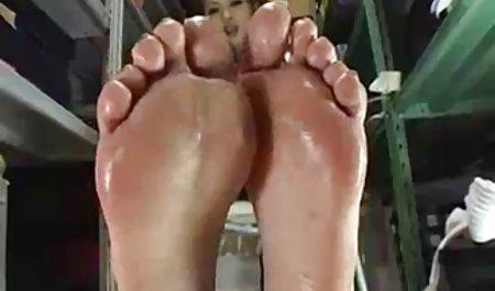 கென்ய செக்ஸ் பெண்கள் பெண் தேய்த்தல்